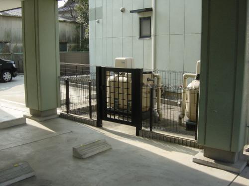 防犯対策のためのフェンス工事
