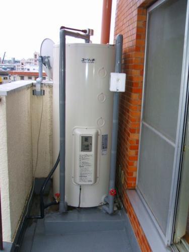 電気温水器を交換しました