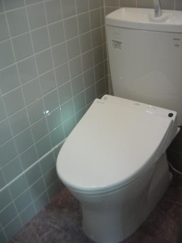 和式便器から節水型高機能トイレに変身!